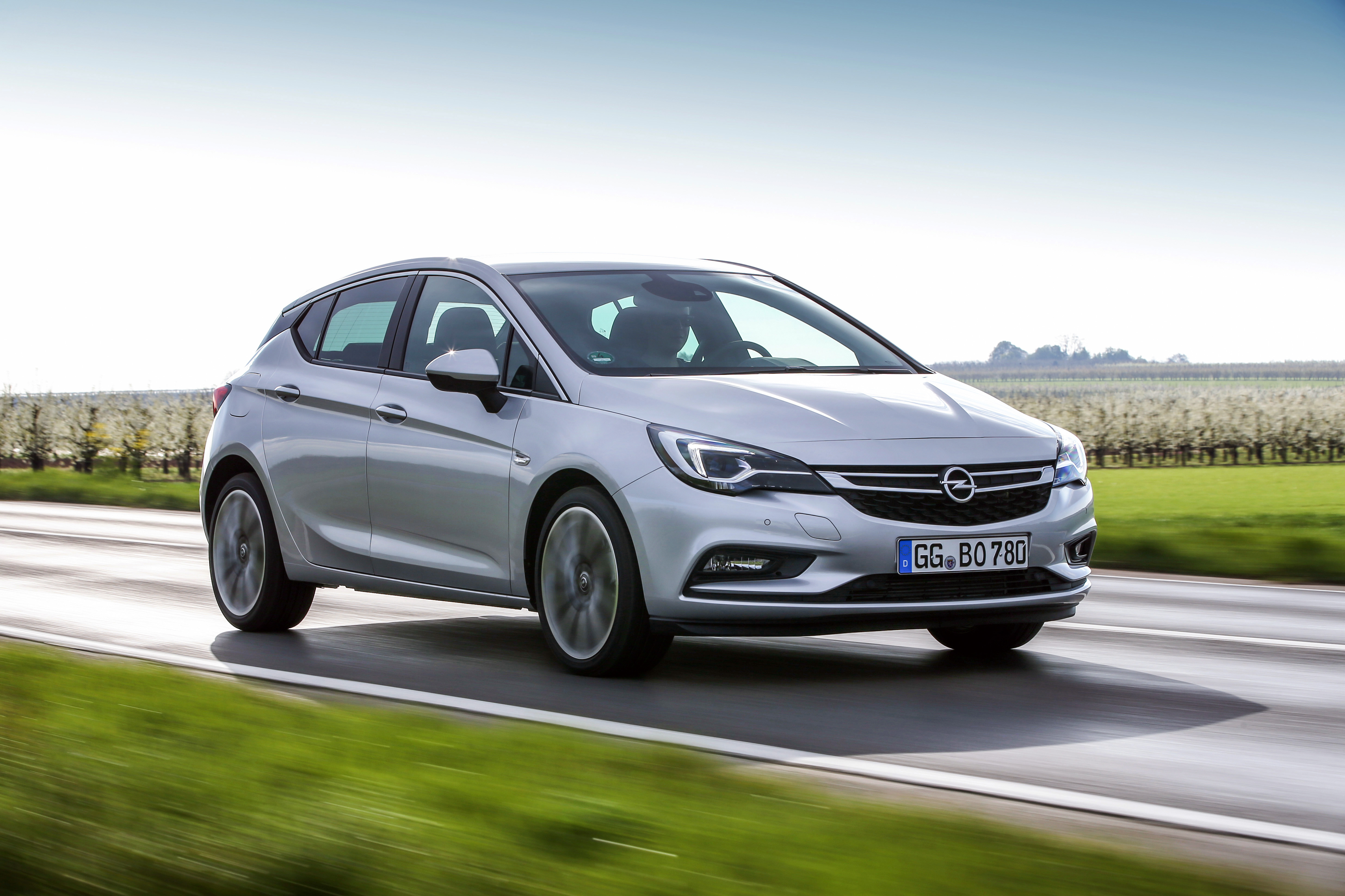 The new Opel Astra is one of the lightest cars in its segment and with the new 1.6-liter twin-turbo engine, few cars can match the Astra 1.6 BiTurbo CDTI for power, performance, refinement and fuel economy.