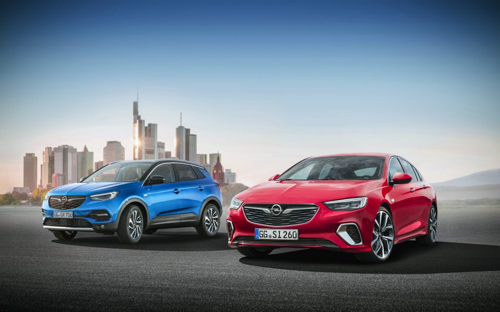 Important cars, important premieres: Opel presents the new Grandland X and the new Insignia GSi to the public for the first time at the Frankfurt Motor Show.