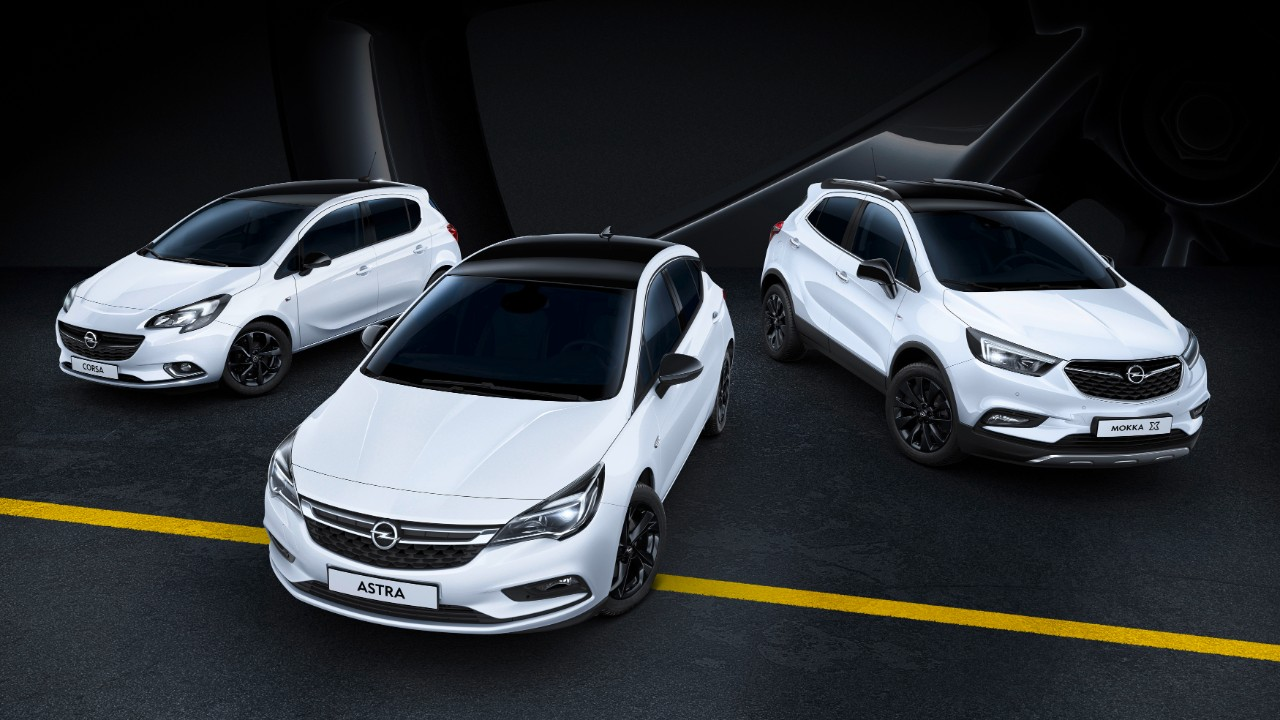 Sporty, sophisticated, very stylish: Roof, exterior mirrors and light-alloy wheels in black make Opel models such as the Corsa, Astra and Mokka X especially eye-catching. Two-tone color schemes are highly popular.