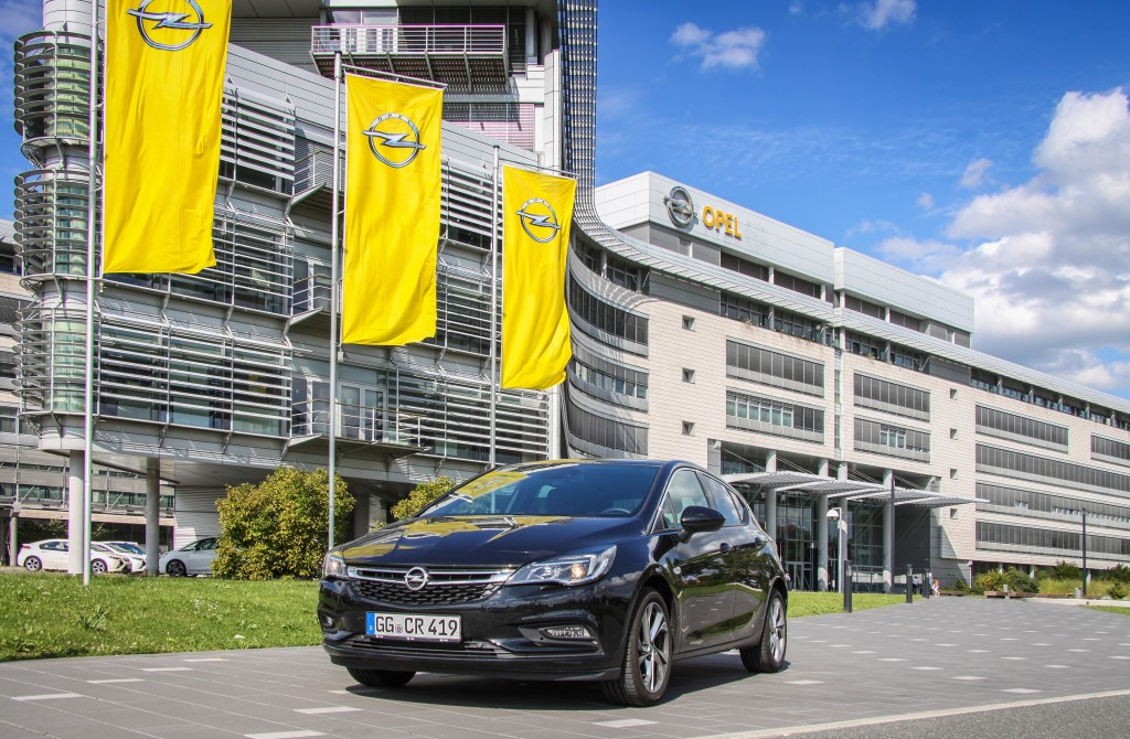 Opel's best: The new Astra has convinced the customers and has already been ordered 250,000 times.