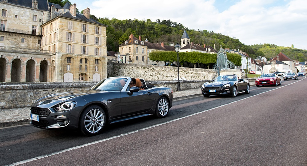 170424_fiat_124_spider_sweeps_france_01_slider